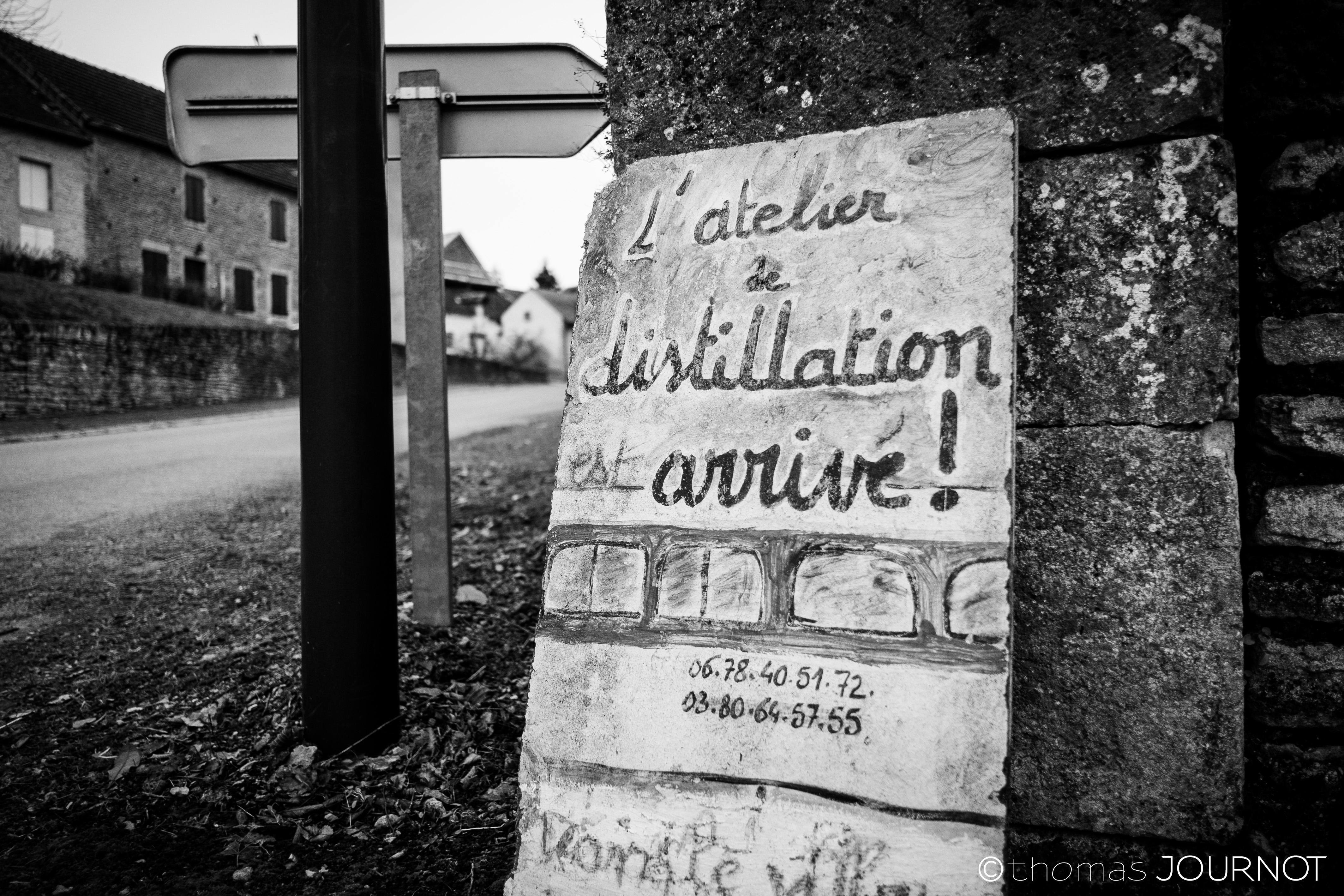 panneau l'atelier de distillation
